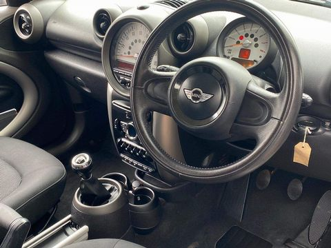 2011 MINI Countryman 1.6 One 5dr - Picture 5 of 16