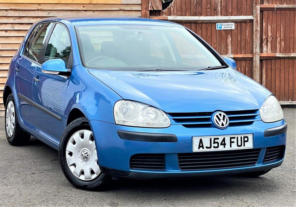 2004 Volkswagen Golf 1.6 FSI S 5dr - Picture 1 of 13