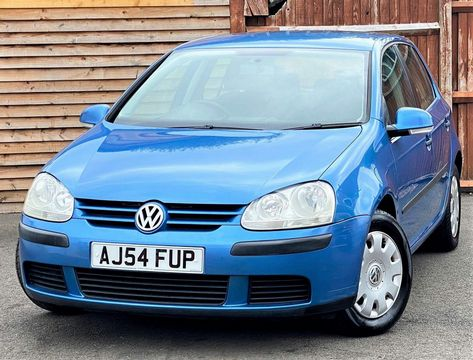 2004 Volkswagen Golf 1.6 FSI S 5dr - Picture 4 of 13