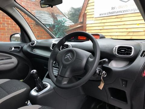 2009 Citroen C3 Picasso 1.6 HDi 8v VTR+ 5dr - Picture 13 of 27