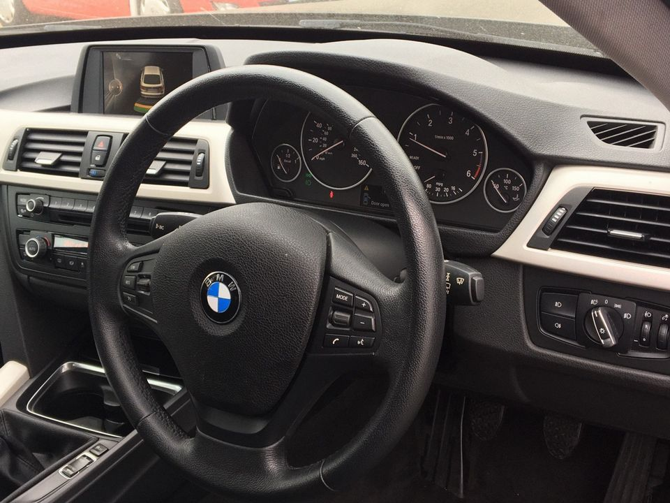 2014 BMW 3 Series Gran Turismo 2.0 318d SE GT (s/s) 5dr - Picture 14 of 39