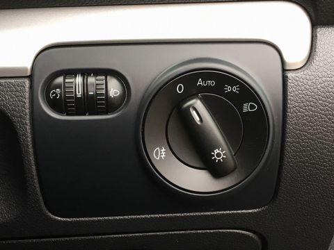 2013 Volkswagen Golf 1.6 TDI BlueMotion Tech SE Cabriolet 2dr - Picture 33 of 37