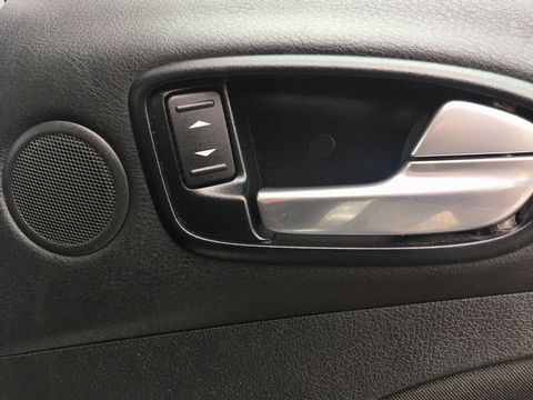 2010 Ford S-Max 2.0 TDCi Zetec 5dr - Picture 30 of 34
