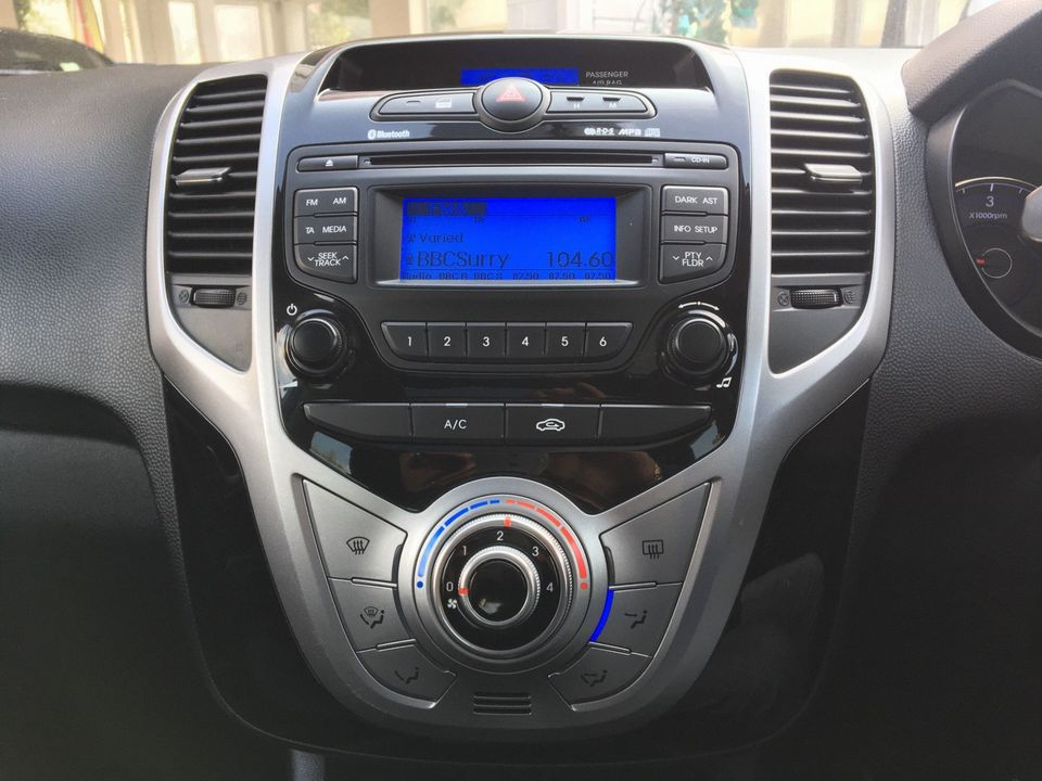 2014 Hyundai ix20 1.6 CRDi Style 5dr - Picture 20 of 35