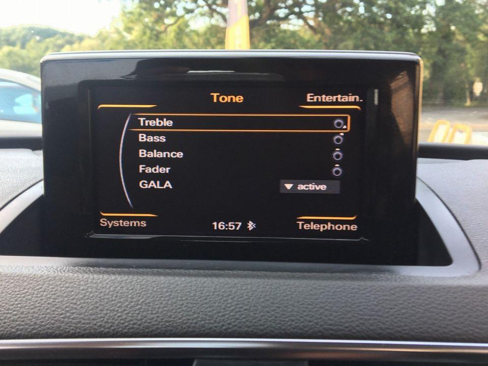 2013 Audi Q3 2.0 TDI SE quattro 5dr - Picture 18 of 37