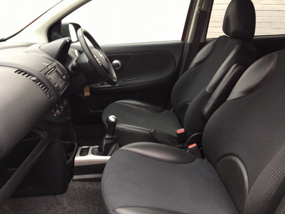 2013 Nissan Note 1.4 16V n-tec+ 5dr - Picture 11 of 28