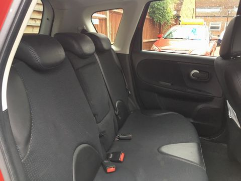 2013 Nissan Note 1.4 16V n-tec+ 5dr - Picture 13 of 28