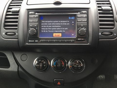 2013 Nissan Note 1.4 16V n-tec+ 5dr - Picture 15 of 28