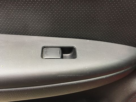 2013 Nissan Note 1.4 16V n-tec+ 5dr - Picture 26 of 28