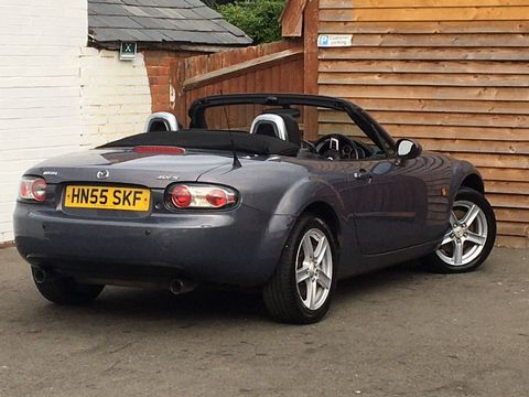 2005 Mazda MX-5 2.0i (Option Pack) 2dr - Picture 13 of 31