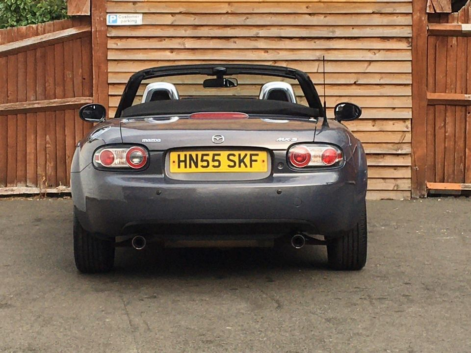 2005 Mazda MX-5 2.0i (Option Pack) 2dr - Picture 14 of 31