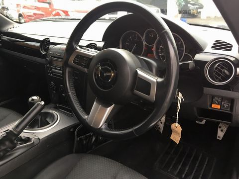 2005 Mazda MX-5 2.0i (Option Pack) 2dr - Picture 18 of 31