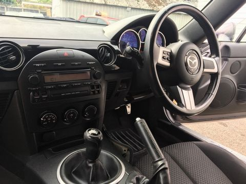 2005 Mazda MX-5 2.0i (Option Pack) 2dr - Picture 20 of 31