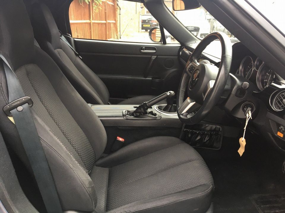 2005 Mazda MX-5 2.0i (Option Pack) 2dr - Picture 21 of 31