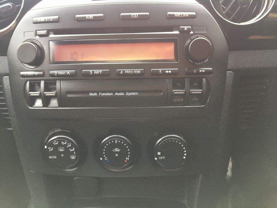 2005 Mazda MX-5 2.0i (Option Pack) 2dr - Picture 25 of 31