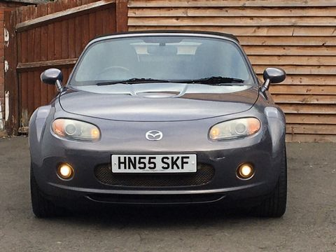 2005 Mazda MX-5 2.0i (Option Pack) 2dr - Picture 3 of 31