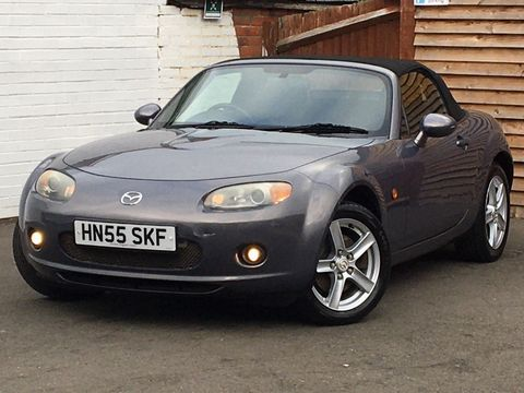 2005 Mazda MX-5 2.0i (Option Pack) 2dr - Picture 4 of 31