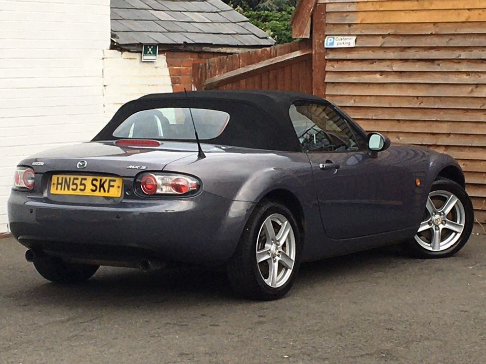 2005 Mazda MX-5 2.0i (Option Pack) 2dr - Picture 5 of 31