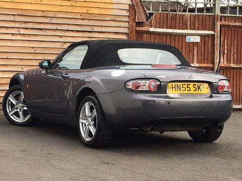 2005 Mazda MX-5 2.0i (Option Pack) 2dr - Picture 7 of 31