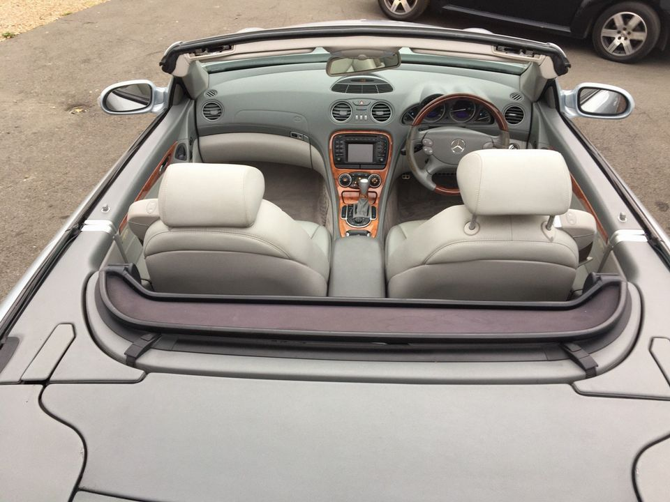 2003 Mercedes-Benz SL Class 3.7 SL350 2dr - Picture 11 of 33