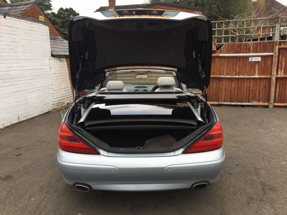 2003 Mercedes-Benz SL Class 3.7 SL350 2dr - Picture 12 of 33