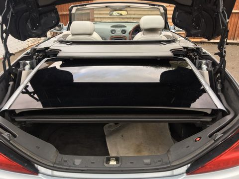 2003 Mercedes-Benz SL Class 3.7 SL350 2dr - Picture 14 of 33
