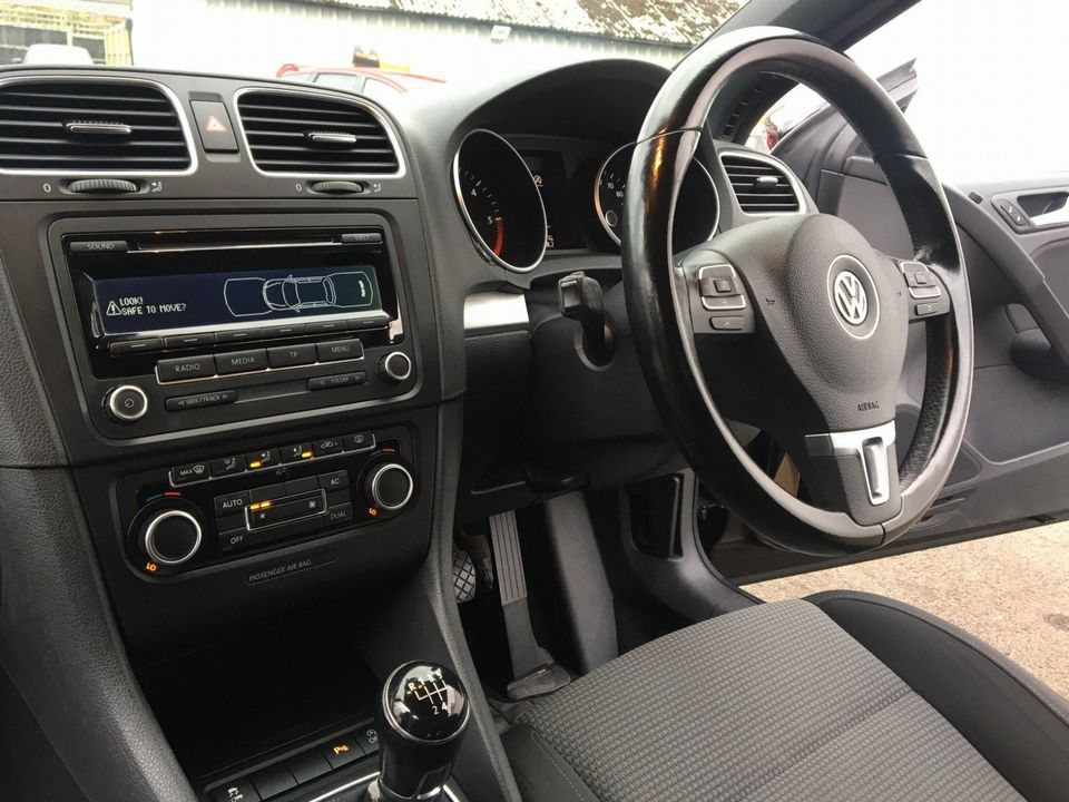 2012 Volkswagen Golf 1.6 TDI BlueMotion Tech S Cabriolet (s/s) 2dr - Picture 21 of 40