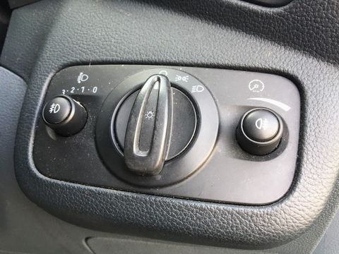 2011 Ford Grand C-Max 1.6 TDCi Zetec 5dr - Picture 26 of 29