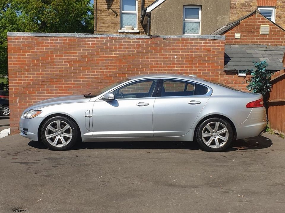 2008 Jaguar XF 2.7 TD Luxury 4dr - Picture 7 of 37