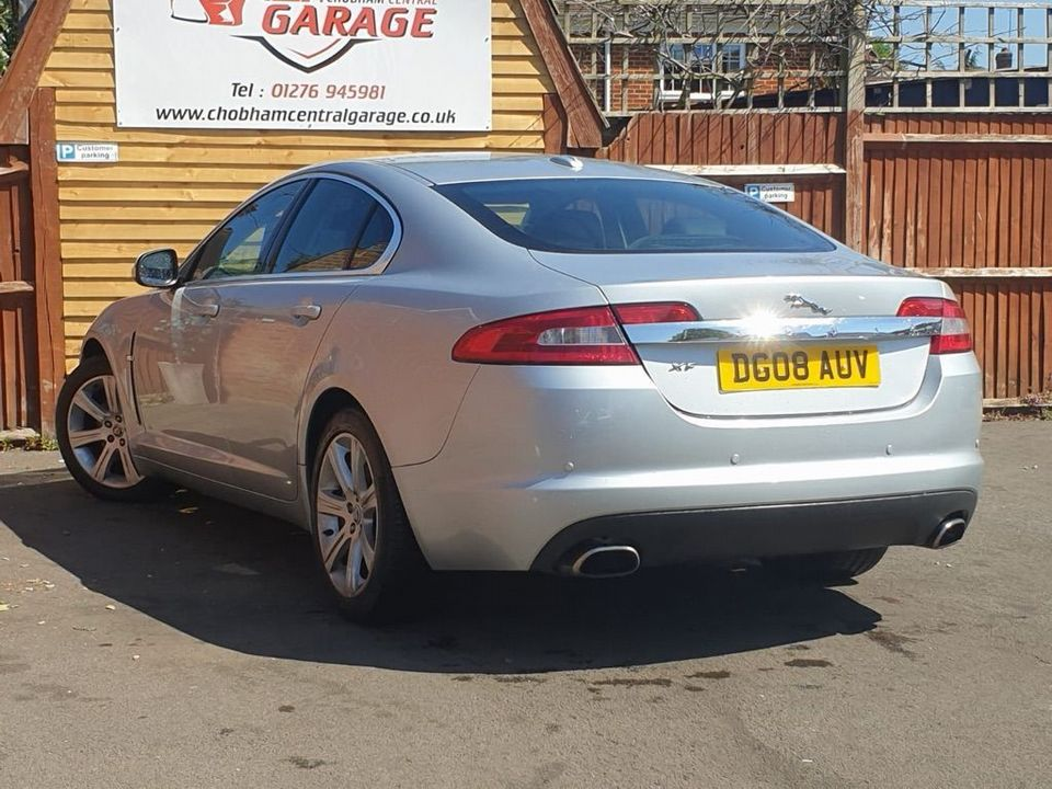 2008 Jaguar XF 2.7 TD Luxury 4dr - Picture 9 of 37