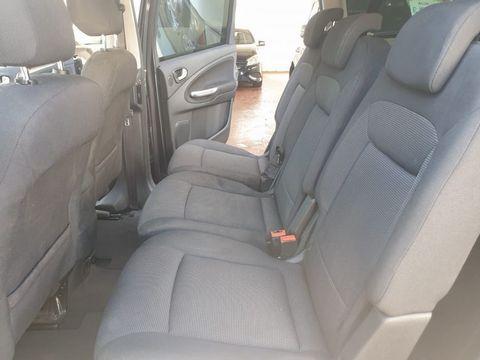 2009 Ford S-Max 2.2 TDCi Titanium 5dr - Picture 13 of 27