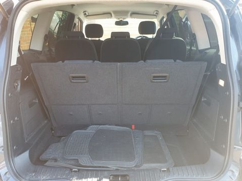 2009 Ford S-Max 2.2 TDCi Titanium 5dr - Picture 16 of 27