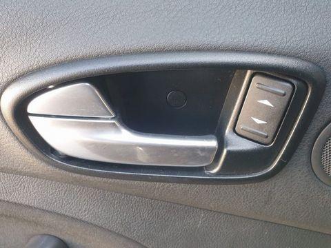 2009 Ford S-Max 2.2 TDCi Titanium 5dr - Picture 23 of 27