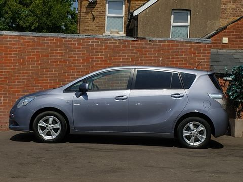 2009 Toyota Verso 1.8 V-Matic TR 5dr - Picture 11 of 30