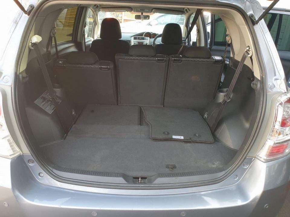 2009 Toyota Verso 1.8 V-Matic TR 5dr - Picture 18 of 30