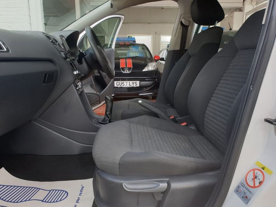 2012 Volkswagen Polo 1.2 Match 5dr - Picture 9 of 24