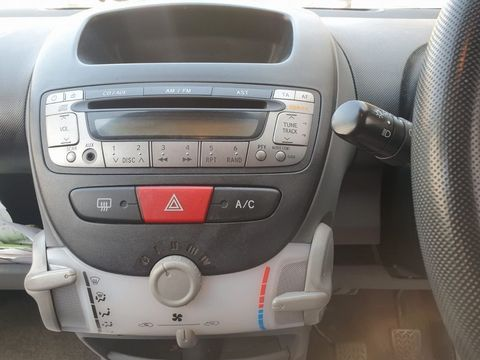 2008 Peugeot 107 1.0 12v Urban Move 3dr - Picture 13 of 23