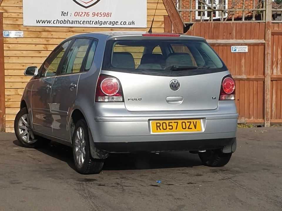 2007 Volkswagen Polo 1.4 SE 5dr - Picture 8 of 24