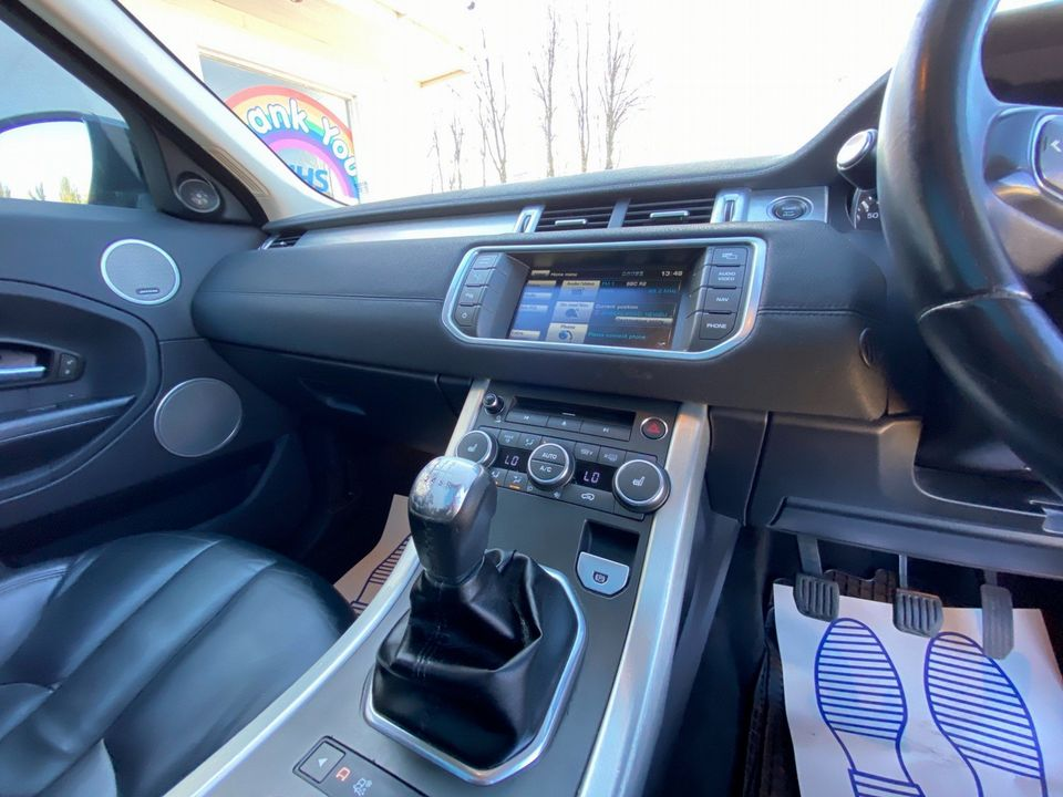2012 Land Rover Range Rover Evoque 2.2 SD4 Pure Tech AWD 5dr - Picture 13 of 34