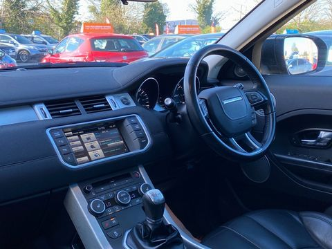 2012 Land Rover Range Rover Evoque 2.2 SD4 Pure Tech AWD 5dr - Picture 11 of 34