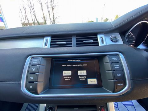 2012 Land Rover Range Rover Evoque 2.2 SD4 Pure Tech AWD 5dr - Picture 23 of 34
