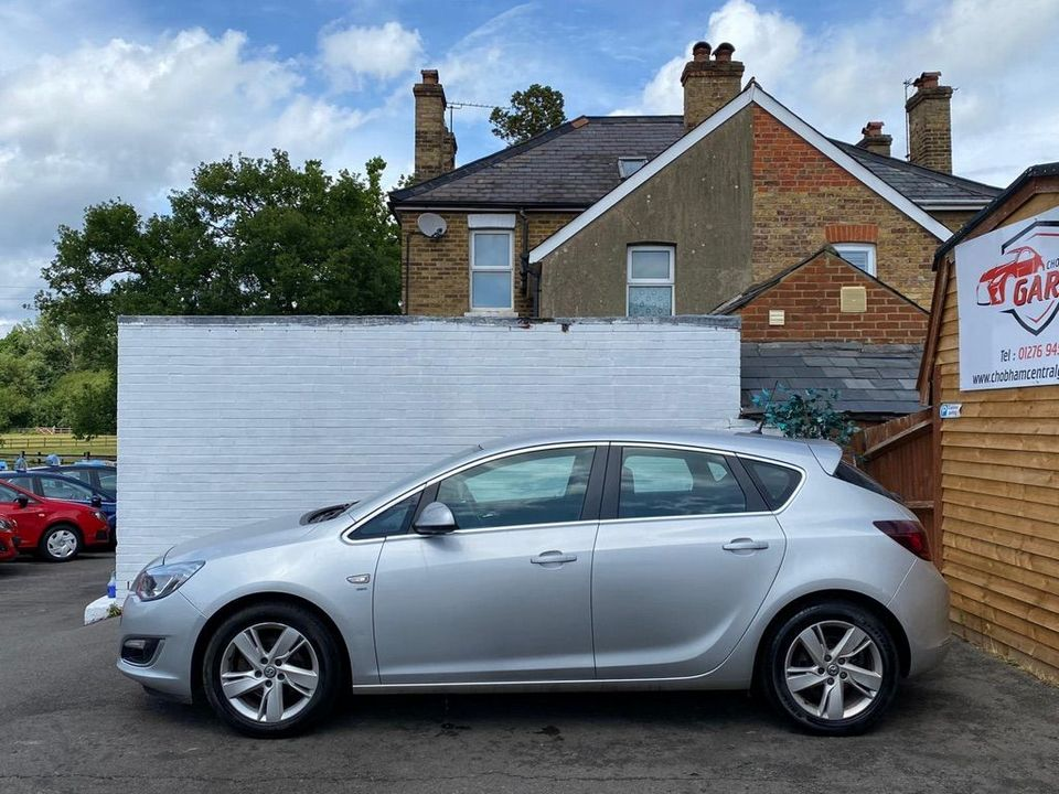 2013 Vauxhall Astra 2.0 CDTi ecoFLEX SRi (s/s) 5dr - Picture 6 of 35