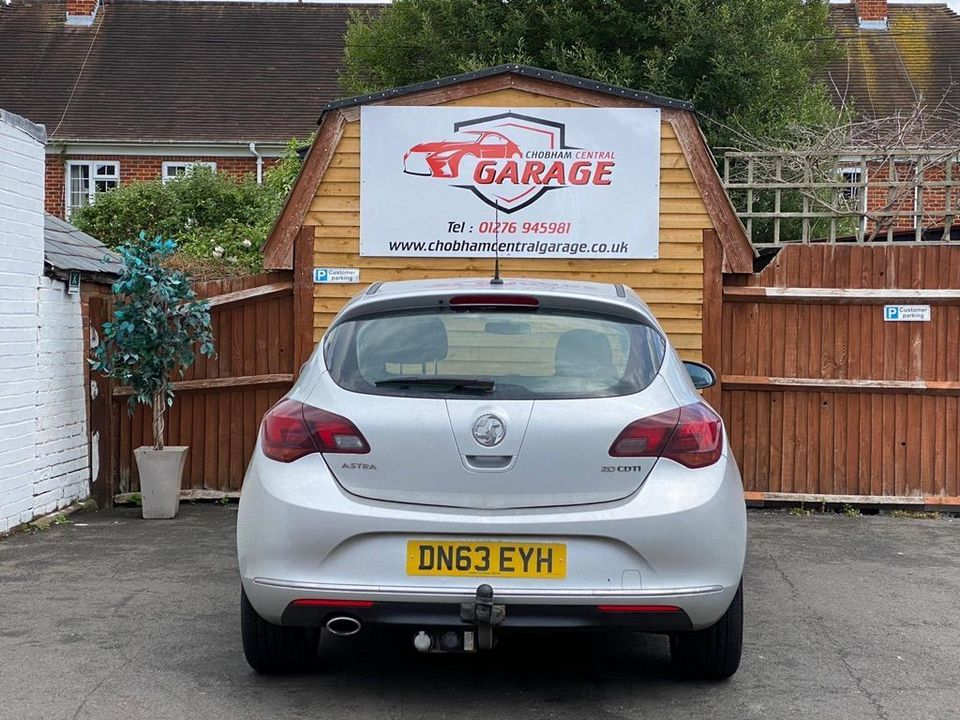 2013 Vauxhall Astra 2.0 CDTi ecoFLEX SRi (s/s) 5dr - Picture 10 of 35