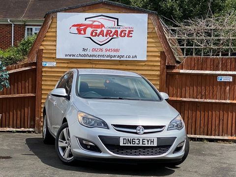 2013 Vauxhall Astra 2.0 CDTi ecoFLEX SRi (s/s) 5dr - Picture 1 of 35